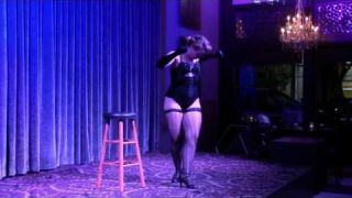 Promo: Diamond Darlings' Vegas-Style Masquerade Show